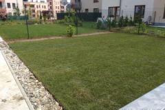 trávník-mezi-panelovými-domy